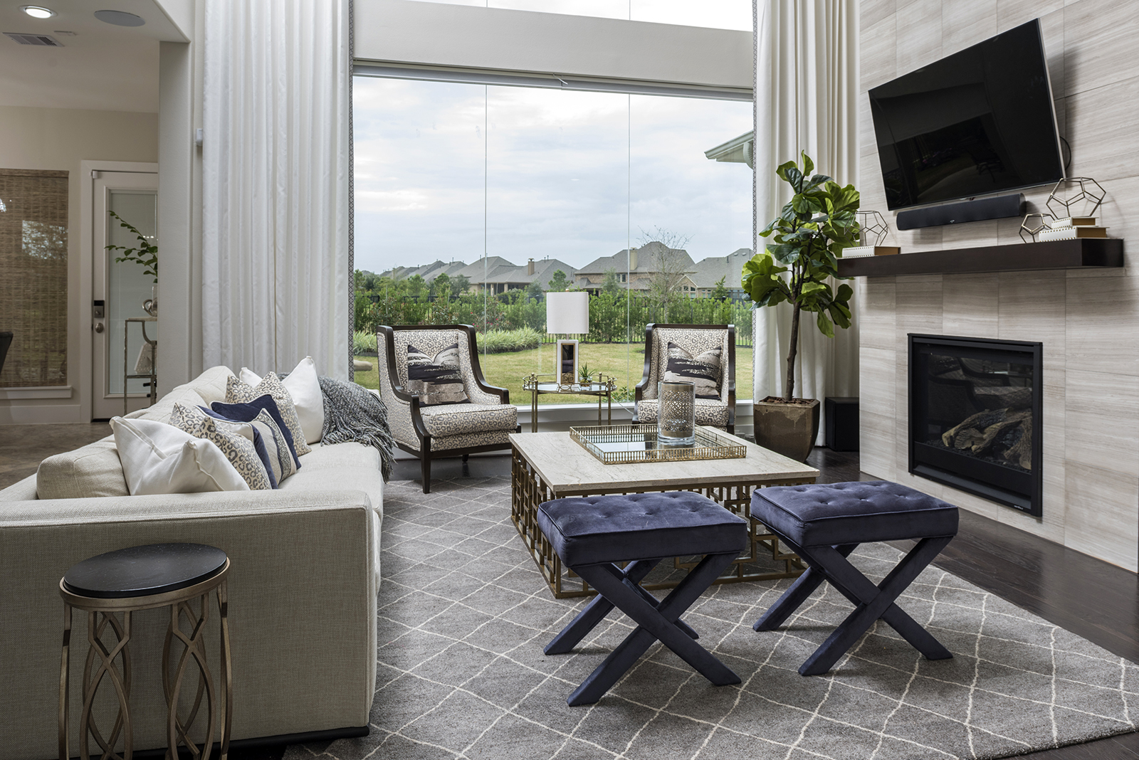 Living room interior design by Charbonneau Interiors