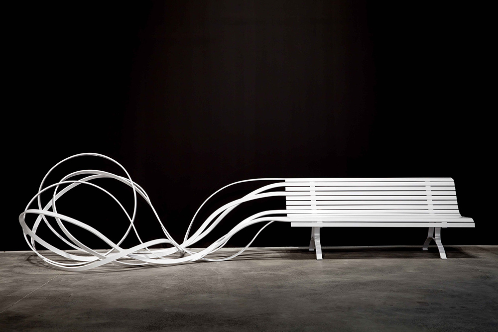 Spaghetti Bench, sculpture by Pablo Reinoso